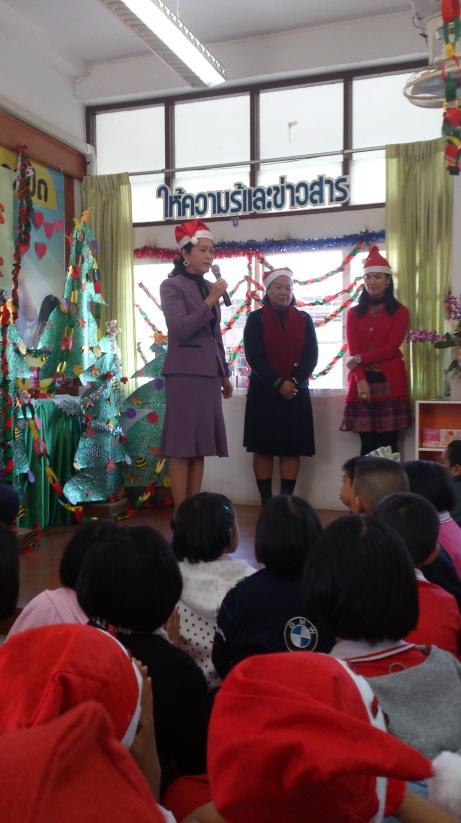 Far left: Teacher L, Far right: Joob